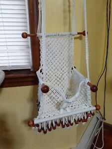 BEAUTIFUL WHITE MACRAME HANGING CHAIR BABY SWING