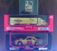 Michael Waltrip #30 Pennzoil Racing Champions -Transporter Car Card - MIB
