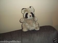 VINTAGE DAEKOR RACCOON PLUSH DOLL FIGURE NOVELTY REALISTIC 1980 HUDSON BRAND TOY