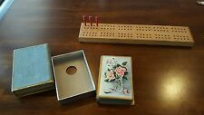 VINTAGE ♡ WOODEN CRIBBAGE GAME BOARD ♡ 3 PEGS ♡ DECK OF OLD PLAYING CARDS
