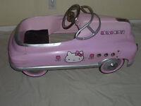 VINTAGE HELLO KITTY KIDS PEDAL CAR METAL LIMITED RUN RARE 2004 SANRIO PINK LE >