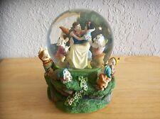 Disney Snow White & Seven Dwarfs Snow globe