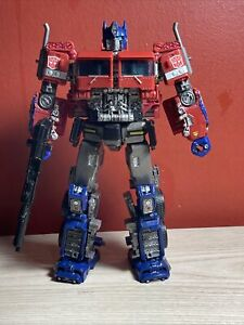 Custom Transformers Studio Series Bumblebee Voyager Class Optimus Prime