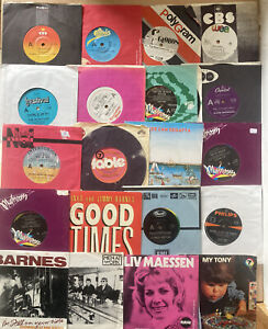 "Lot Of 40 Aus Rock 7"" 45 Records-Chisel,X-Men,Goanna, Redgum Dragon Barnes, Axio"