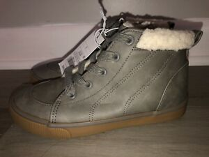 NEW Cat & Jack Grey Barnett Fashion High Top Sneaker Boots Boy's Youth Size 1