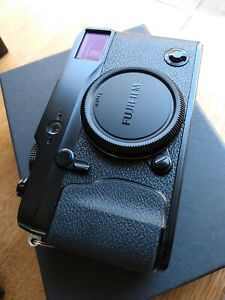 Fujifilm X-Pro 1 Mirrorless Camera - Fuji - very good condition