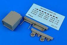 Aires 320075  1/32 USAF Late 2-Wheel Tilt Cabinet