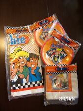 Archie comics,1991 party decorations:1 tablecloth, 12 plates, 16 napkins, sealed