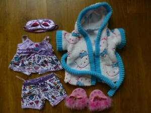 BUILD-A-BEAR LOT PYJAMAS+SLIPPERS+MASK+HELLO KITTY DRESSING GOWN-TEDDY CLOTHES