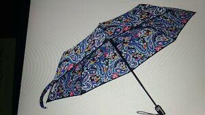 Vera Bradley Disney Pattern Umbrella Rare! Mickey Mouse  NWTS!