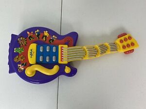 The Wiggles - Wiggly Giggly Dancing Guitar Toy - 2004 Spin Master - Tested Works