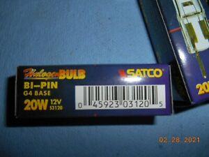 Lot of 4  SATCO S3120 20W 12V G4 halogen light bulb Bi Pin