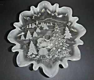 Vtg Mikasa Christmas Story Frosted Crystal Footed Bon Bon Candy Pedestal Canape