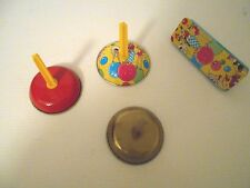 4 VINTAGE PARTY NOISE MAKERS
