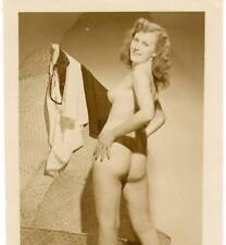 Akt Vintage Foto - leicht bekleidete Frau aus den 1950er/60er Jahren(99) /S200