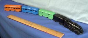 Steam Locomotive 1920's Passenger Train ~ 1972 Die Cast Set