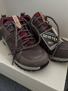 Clarks Tri Trek Gtx Shoes UK5D EU 38 Taupe Nubuck