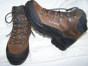 Lowa Mens US 9 Goretex Boot Leather Hiking Mountaineering Backcountry Italy