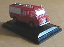 OXFORD DIECAST LAND ROVER FT6 CARMICHAEL CHESHIRE COUNTY FIRE BRIGADE 1:76 SCALE