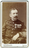 photo cdv 1880 portrait de militaire - médailles légion d'honneur - Lyon