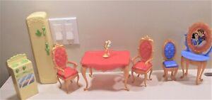 Disney Princess Ultimate Dream Castle Dollhouse Replacement Furniture & Luminere