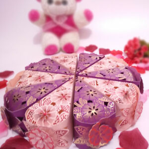 New Hollow Triangle Candy Box Wedding Cake Creative Favors Shower Gift Bag