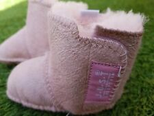 Just Sheepskin Baby Infant Shoes Boots. Size 0 – 6 months