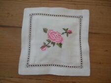 ROSE COTONE RICAMATO BUSTINA profumato con rosa 16 CM x 16 cm