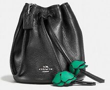 NWT COACH PEBBLED LEATHER PETAL WRISTLET F56581 BLACK SILVER CLUTCH $165
