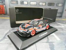 PORSCHE 911 991/ II GT2 RS #2 CS Clubsport Martini Racing Spark Dealer 1:43