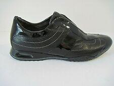 Cole Haan Black Leather / Patent Slip On Sneaker Comfort Elastic Insert 8 1/2 AA