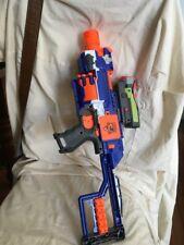 Pistola De Nerf N Strike Elite Stockade Electrónica Nerf Dardos y de la vista completa de clip