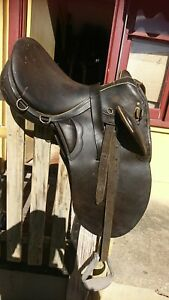 Bates leather Stock Saddle fully mounted