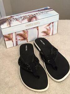 """PARADISE SHORES Black Flip Flop Sandals. """"Corrie"""". Size 9. Orig. $40.00. NEW."""