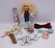 Muñeca Bratz Invierno Wonderland Chloe con ropa snowboard Y Accesorios