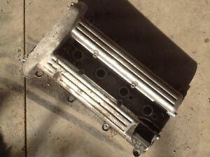 2003 2004 2005 03 04 05 Saturn VUE Engine Valve Cover 2.2 liter 4 cylinder