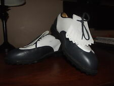 Nike Golf Vintage Look Golf Cleats SHoes womens Size 8.  EUC