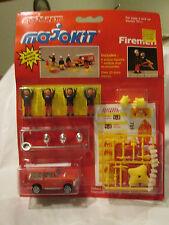 Majorette MajoKit Firemen Action Figure Set 1/60 Range Rover Fire Chief Car #246