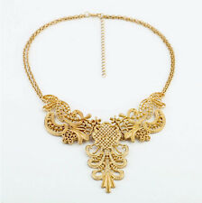 NEW * Urban Anthropolo​​gie Victorian Medivan Golden Crest Necklace