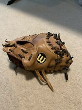 Wilson A2000 32.5� Catchers Mitt