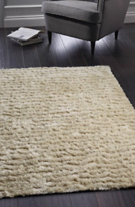 Origins Luxury Shaggy Carved Glamour Silky Shine Rug Natural/Ivory  3 Sizes