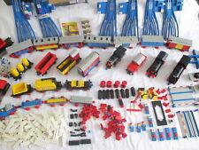 Lego Kiloware 1.Lego Eisenbahn Sammlung von 12.Volt + 4,5 Volt. --- Anschauen.