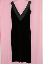 LADIES' BLACK SLEEVELESS EVENING/PARTY DRESS FROM DOROTHY PERKINS SIZE 8