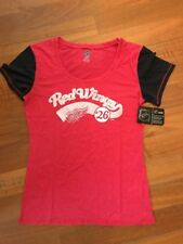 NEW Detroit Red Wings Women's Scoop NHL  Fashion T-Shirt Top Sz M 8/10