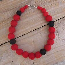 Collana Di Feltro-fatto a mano rosso e nero Palline di feltro di lana tessuto Collana Goth
