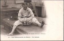 SCENES DE LA VIE DE BORD - Délassements du Marin - Un Artiste (maquette bateau)
