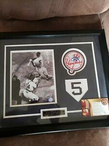 Joe DiMaggio New York Yankees  Framed 20x16 Autograph GFA  COA GFAA-01993  #