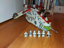Lego Star Wars Republic Gunship (7676) with Minifigs