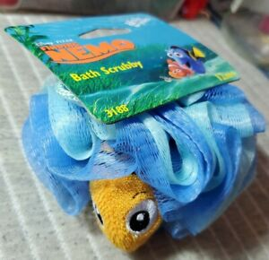 """THE FIRST YEARS™ 2005 FINDING NEMO BATH Scrubby New in Packaging Vintage 3"""" Appx"""