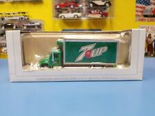 "SPEcCAST  7UP 32 FREIGHTLINER VAN BOX    ""NEW"""